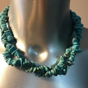 Jewelry - Turquoise color necklace.
